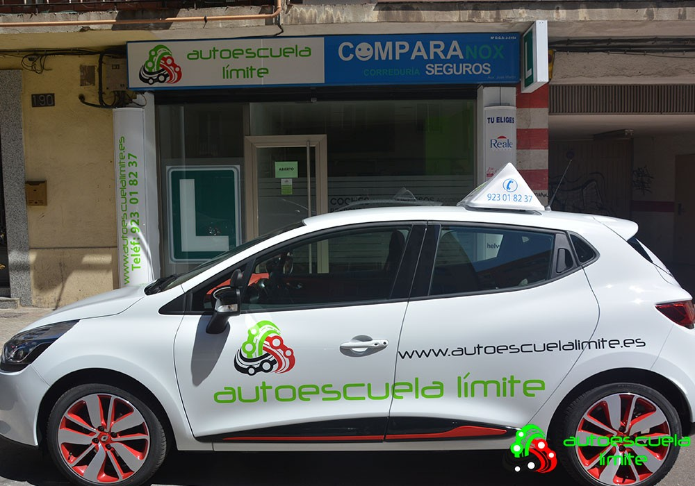 Contacta con Autoescuela Límite Salamanca